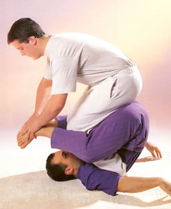 Graham Mercati doing Thai Massage